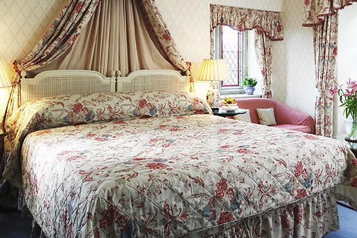 Bedrooms & Suites