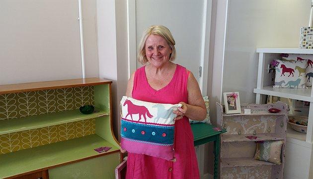 22 Station Road Trader - Artist, Carol Downes