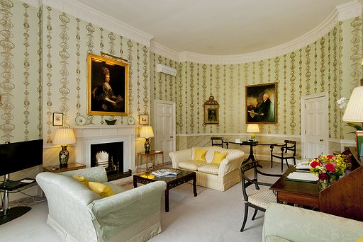 Hartwell Lee Suite Sitting Room - Room 16