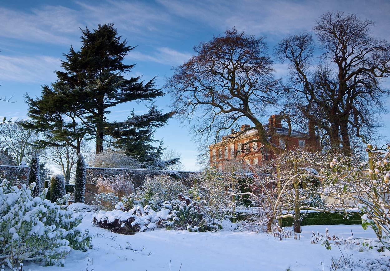 gardens middlethorpe hall
