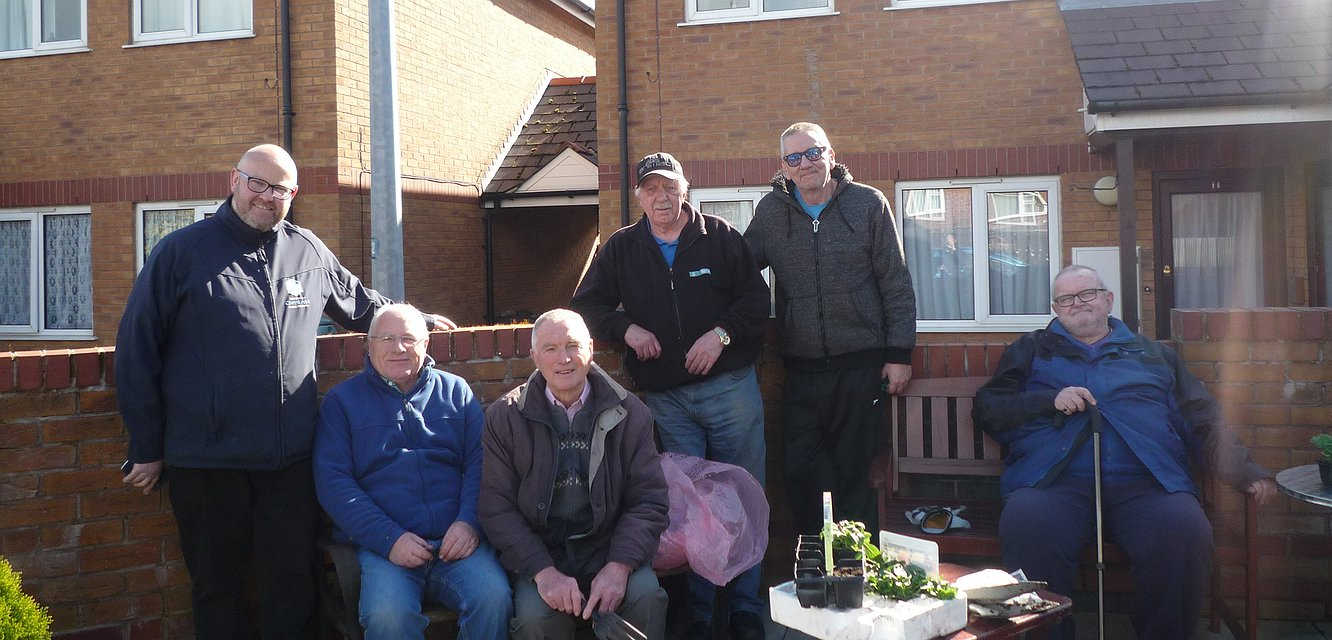 Community planting event in Mochdre - April 2017