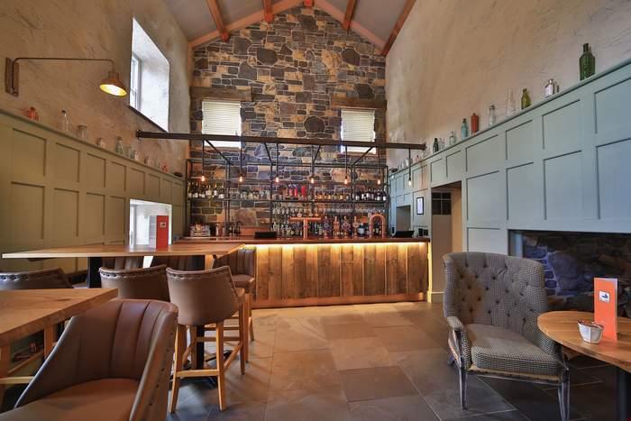 Tal Y Cafn Bar Area