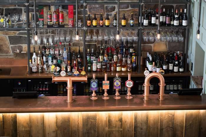 Tal Y Cafn Bar