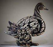 Edge Sculpture - Duck & Ducklings