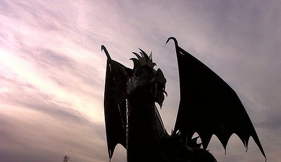 Sunset dragon - Our dragon roars!