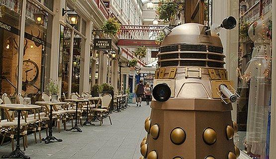 Dalek in Cardiff Arcade - Exterminate!