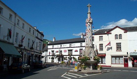 Crickhowell - Delightful Riverside Town