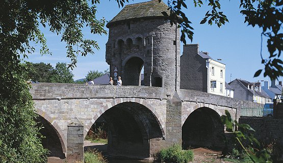 Monmouth - Monnow Bridge - Fortified Bridge in Monmouth