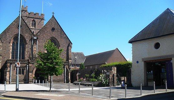 St Mary's & Tithe Barn Abergavenny