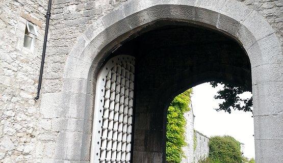 Bodelwyddan Entrance Arch