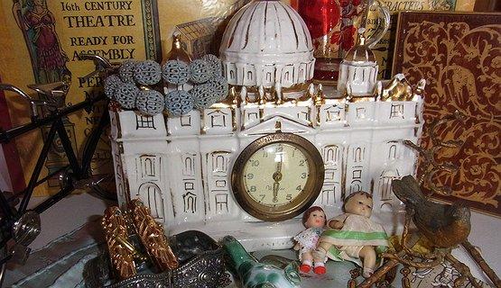 Vintage Delights, Antiques & Collectibles